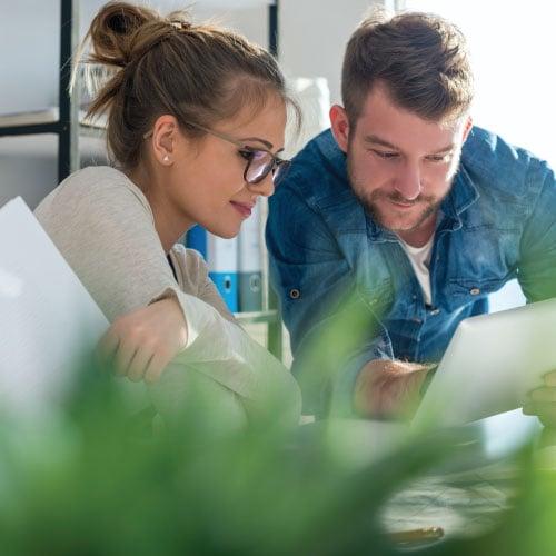 teamwork-brainstorming-meeting-concept-business-team-coworkers-sharing-world.jpg